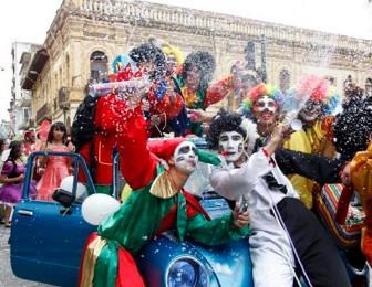 mejor epoca para ir al carnaval de ecuador