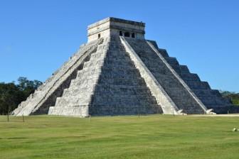 runas mayas cancún